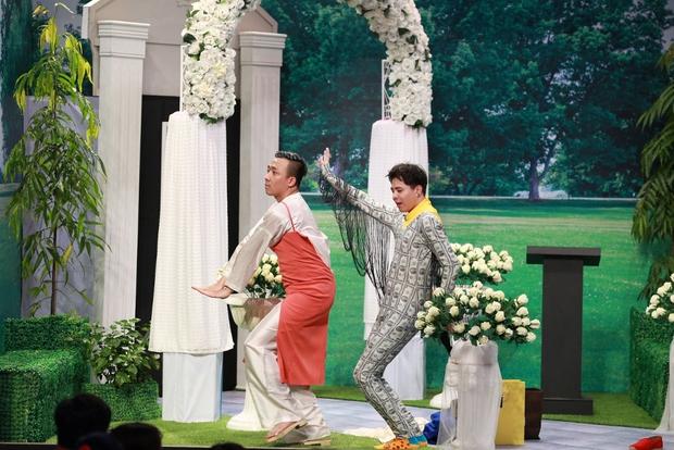Hoài Linh thẳng thừng chê Trịnh Thăng Bình và Yến Trang tại Ơn giời - Ảnh 4.