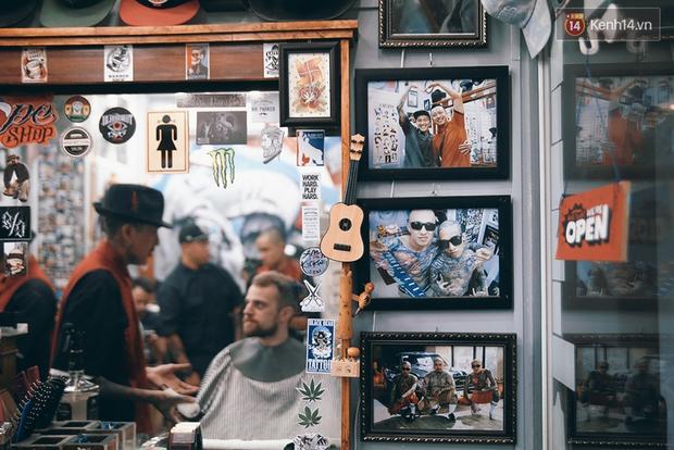 Khám phá tiệm cắt tóc chất chơi nhất Sài Gòn của những chàng barber xăm trổ đầy mình - Ảnh 8.