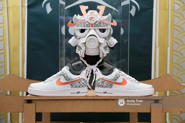 Khó mà tin được, hàng nghìn bạn trẻ Sài Gòn này tụ tập lại chỉ để... ngắm và mua giày Sneaker - Ảnh 3.