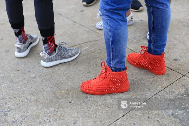 Khó mà tin được, hàng nghìn bạn trẻ Sài Gòn này tụ tập lại chỉ để... ngắm và mua giày Sneaker - Ảnh 8.