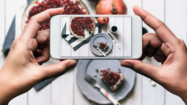Nghiên cứu cho thấy chụp ảnh đồ ăn trước rồi đăng Instagram, Facebook sẽ ngon hơn bình thường - Ảnh 1.