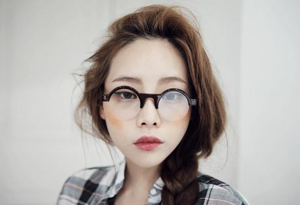 3 động tác cải thiện thị lực: Người mắt cận thì đừng bỏ qua! - Ảnh 1.