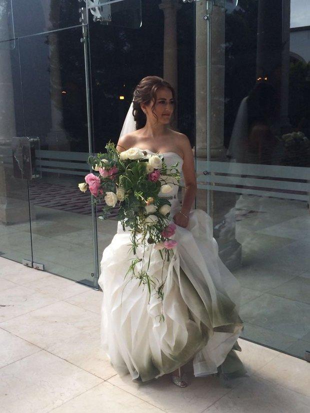 Những bộ váy cưới ombre tuyệt đẹp dành cho các cô dâu phá cách - Ảnh 4.