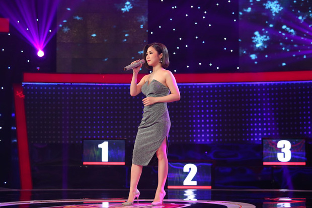 Hương Tràm bị thí sinh nam lừa để hôn môi ngay trên sân khấu - Ảnh 5.