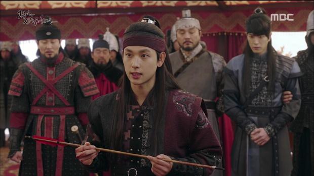 Nhìn cách Siwan miêu tả ngoại hình của Yoona, ai cũng thấy... sai sai - Ảnh 12.