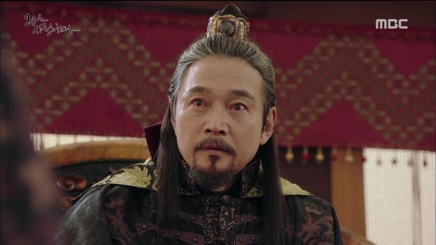"""""""The King Loves"""" tập 7- 8: Nhìn cách Siwan miêu tả ngoại hình của Yoona, ai cũng thấy... sai sai - Ảnh 13."""