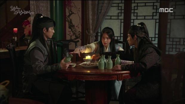 Nhìn cách Siwan miêu tả ngoại hình của Yoona, ai cũng thấy... sai sai - Ảnh 18.