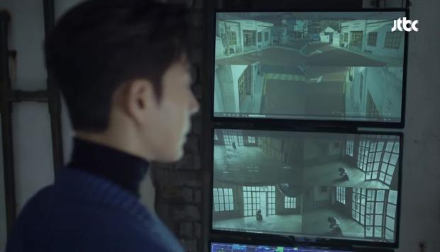 Hot boy ngân hàng Song Joong Ki xuất hiện, cho Park Hae Jin vay 100 tỉ! - Ảnh 15.