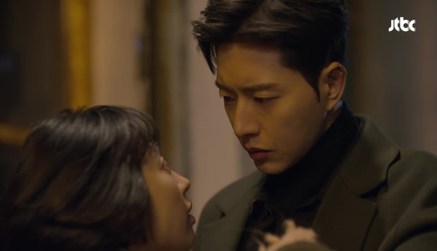 Hot boy ngân hàng Song Joong Ki xuất hiện, cho Park Hae Jin vay 100 tỉ! - Ảnh 26.