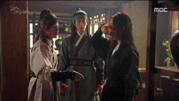 Nhìn cách Siwan miêu tả ngoại hình của Yoona, ai cũng thấy... sai sai - Ảnh 5.