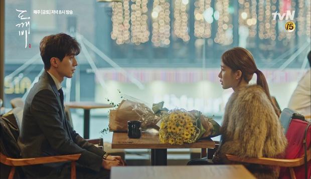 """""""Goblin"""": Xuất hiện thây ma đội mồ sống dậy, đe dọa cô dâu của Gong Yoo - Ảnh 37."""