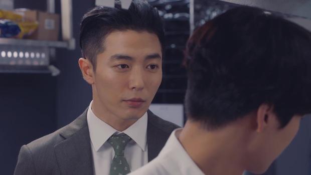 Nam chính kề môi Seo Hyun Jin bị chê quá thua thiệt nam thứ - Ảnh 6.