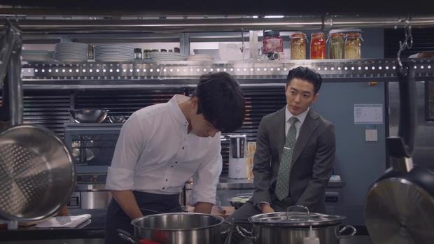 Nam chính kề môi Seo Hyun Jin bị chê quá thua thiệt nam thứ - Ảnh 8.