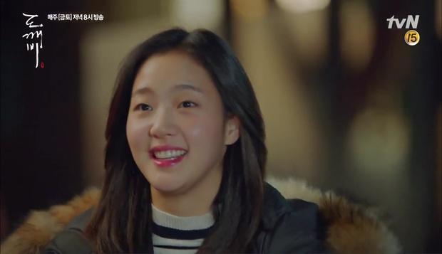 """""""Goblin"""": Xuất hiện thây ma đội mồ sống dậy, đe dọa cô dâu của Gong Yoo - Ảnh 47."""