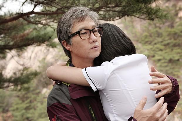 5 phim Hàn ngập cảnh nóng giúp các sao nữ ẵm tượng vàng tân binh - Ảnh 2.