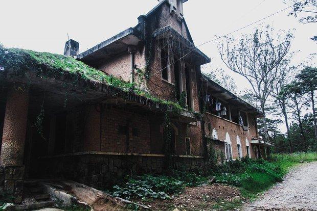 5 công trình bị bỏ hoang tại Việt Nam, muốn có những bức ảnh kì bí hết cả hồn thì nhất định phải đến! - Ảnh 4.
