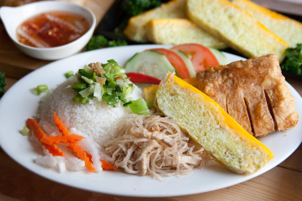 Bật mí cách làm đồ chua không thể dễ hơn – linh hồn trong món cơm tấm trứ danh Sài Gòn - Ảnh 1.