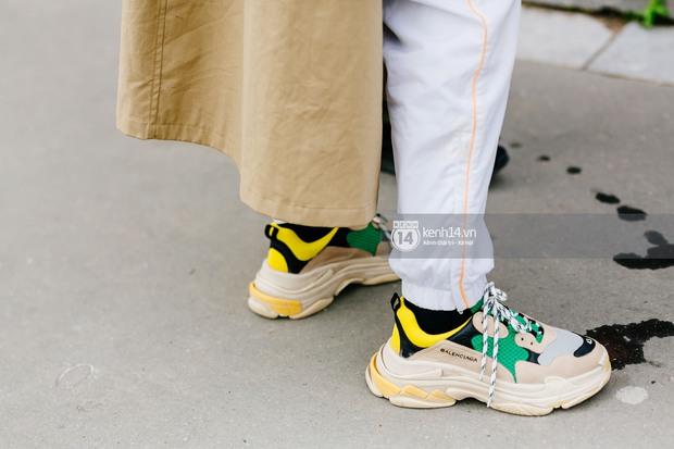 Nếu nghĩ street style tại Paris Fashion Week chỉ là cuộc chiến váy áo thì bạn nhầm to rồi - Ảnh 4.