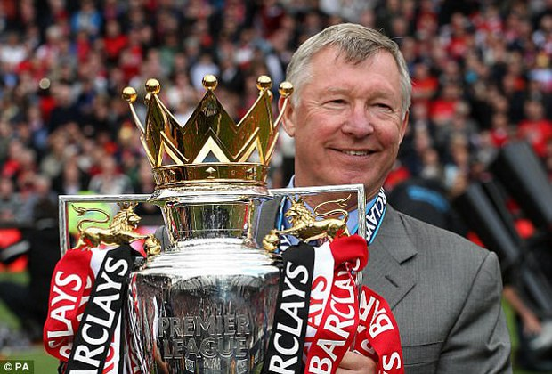Mourinho hãy thôi lèm bèm, nhìn Sir Alex Ferguson mà học - Ảnh 4.