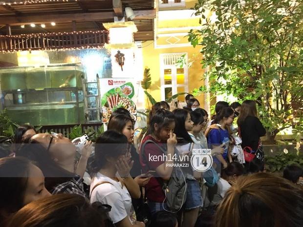 Clip độc quyền: Ahn Jae Hyun, Kyuhyun và Mino quay phim trong nhà hàng ở Phan Đình Phùng - Ảnh 7.
