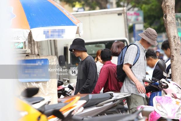 Bắt gặp rapper San E bất ngờ xuất hiện tại Việt Nam, cùng Chi Pu hẹn hò đi ăn trưa - Ảnh 1.