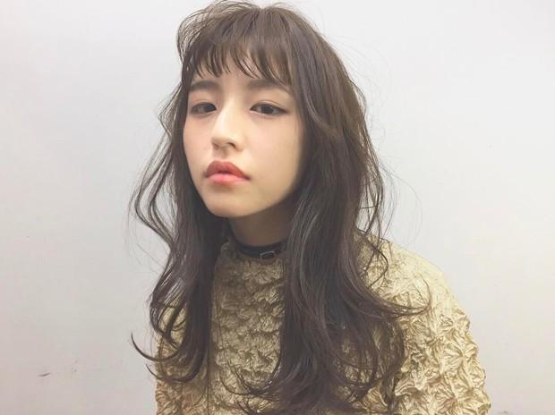 Áo phông bỏng ngô, mẫu áo sến súa từ vài chục năm trước nay lại được con gái Nhật thi nhau diện - Ảnh 1.