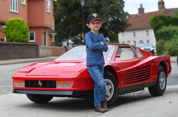Siêu xe Ferrari đồ chơi trông như thế nào mà có giá tận 2,2 tỷ đồng - Ảnh 4.