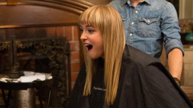 13 sự thật hết hồn chỉ những cô gái để tóc mái mới hiểu nổi - Ảnh 19.