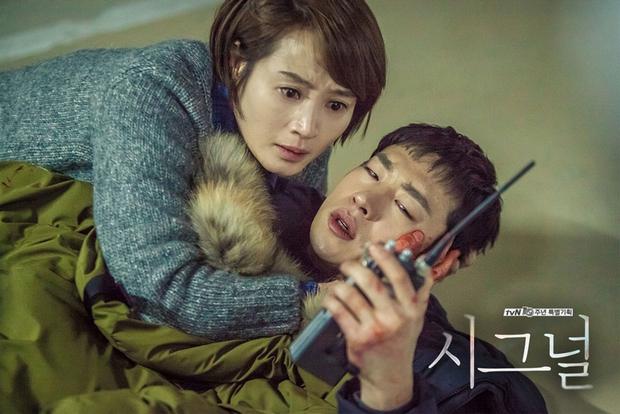 Xoắn não cùng 5 bộ phim xuyên không độc đáo của xứ Hàn - Ảnh 12.