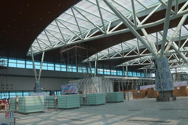 Cận cảnh nhà ga hành khách quốc tế hơn 3.500 tỷ đồng sắp hoàn thành ở Đà Nẵng - Ảnh 5.