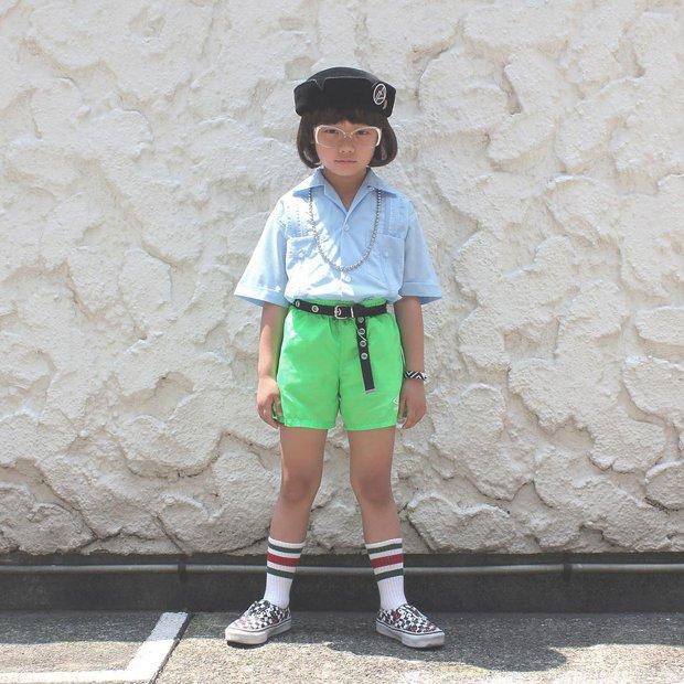 Mix đồ đẹp hơn người lớn, luôn đeo kính cực ngầu, cô bé này chính là fashion icon nhí chất nhất Nhật Bản - Ảnh 7.
