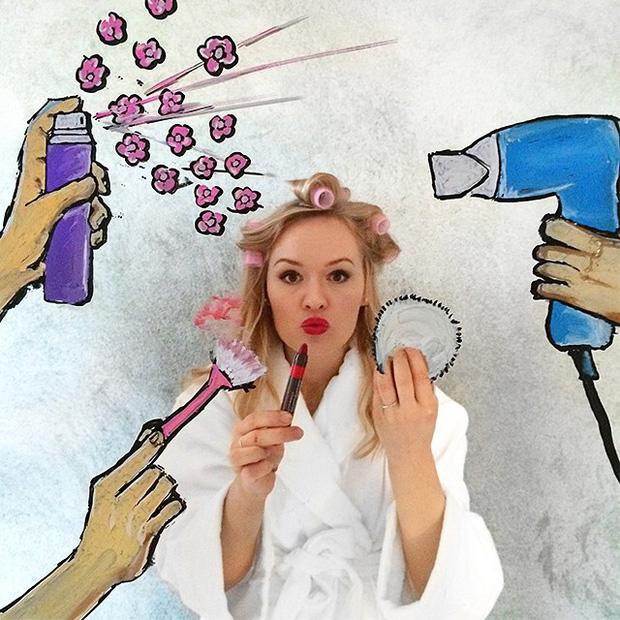 Đố bạn chụp selfie trong gương đẹp và chất như cô gái này - Ảnh 4.