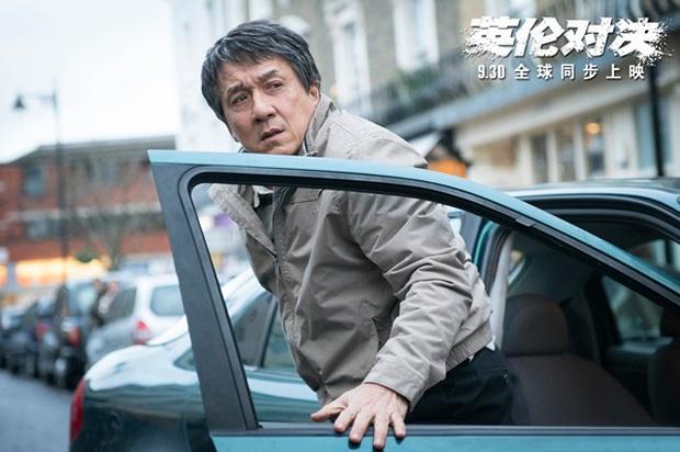 Vì đóng cảnh hành động, Thành Long phải nhập viện khi đang quay phim mới - Ảnh 4.
