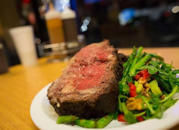 8 bí kíp giúp bạn chụp ảnh đồ ăn lúc nào cũng đẹp, triệu like dễ như trở bàn tay - Ảnh 3.