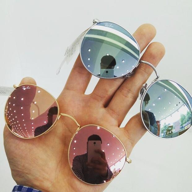 Hè này nếu định sắm kính, nhất định phải sắm kính tròn gọng kim loại cho bằng bạn bằng bè - Ảnh 12.