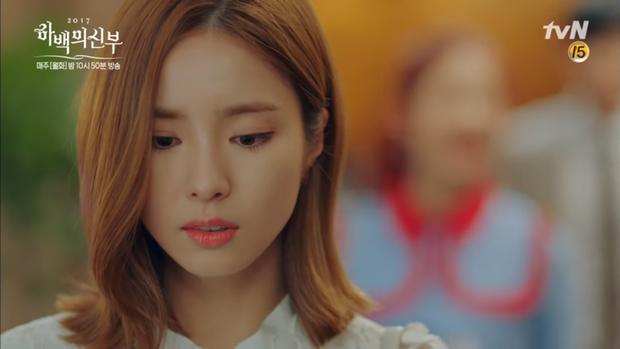 """""""Cô Dâu Thủy Thần"""": Nam Joo Hyuk là Hà Bá nhưng lại biết bay, xịn chưa! - Ảnh 12."""