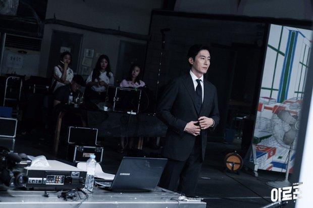 Điểm mặt 13 phim Hàn tháng 9: Toàn sao đình đám đổ bộ màn ảnh nhỏ! - Ảnh 20.