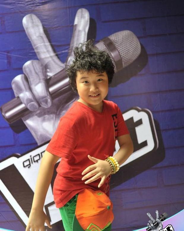 Không thể nhận ra đây là cậu bé Hoàng Anh Doremon đáng yêu của The Voice Kids ngày nào! - Ảnh 4.