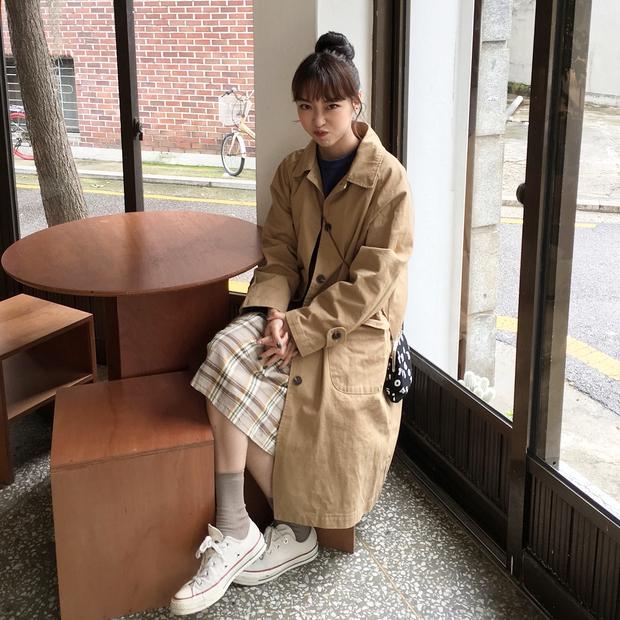 Không theo style đại trà của hot girl Hàn, cô nàng này sẽ khiến bạn xuýt xoa vì cách ăn mặc hay ho không chịu nổi - Ảnh 11.