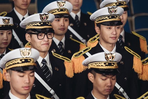 Phim Hàn tháng 8: Lee Jong Suk, Park Seo Joon và Kang Ha Neul đổ bộ! - Ảnh 13.