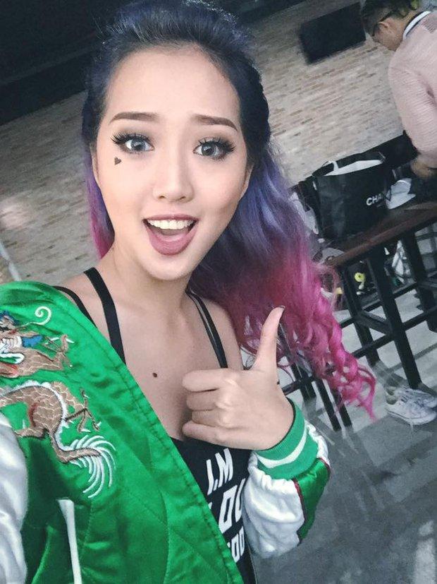 Cô gái tóc tím vô tình nổi tiếng khi làm khán giả của Giọng ải giọng ai - Ảnh 13.