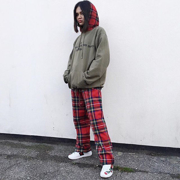 Feifei - cô nàng 20 tuổi được bố mẹ cho hơn 200 triệu đồng/tháng chỉ để mua đồ streetwear - Ảnh 2.