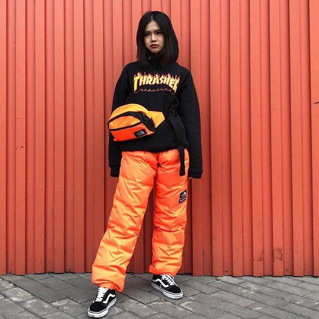 Feifei - cô nàng 20 tuổi được bố mẹ cho hơn 200 triệu đồng/tháng chỉ để mua đồ streetwear - Ảnh 5.
