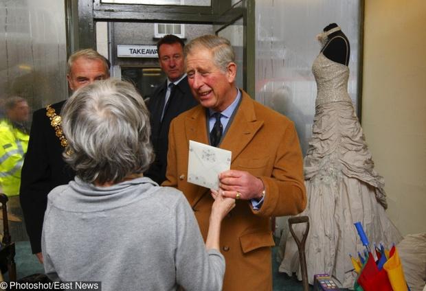 Biết 8 điều cấm kỵ này bạn sẽ nhận ra Hoàng gia Anh thực sự là nơi khắc nghiệt - Ảnh 6.