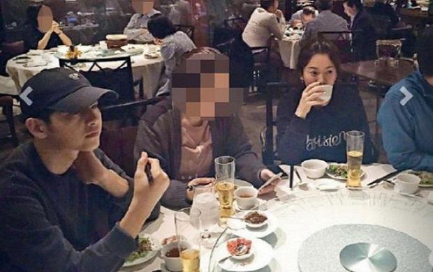 Song Joong Ki và Song Hye Kyo: Có duyên đến nỗi quá nhiều lần tình cờ đụng độ nhau - Ảnh 3.