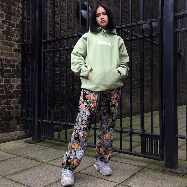 Feifei - cô nàng 20 tuổi được bố mẹ cho hơn 200 triệu đồng/tháng chỉ để mua đồ streetwear - Ảnh 16.