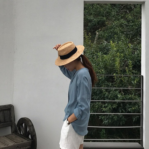 Từng bị chê già nua, nay vải thô đũi lại sốt sình sịch nhờ hàng loạt món đồ hot trend xinh xẻo - Ảnh 17.