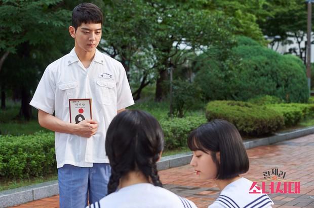 Điểm mặt 13 phim Hàn tháng 9: Toàn sao đình đám đổ bộ màn ảnh nhỏ! - Ảnh 25.