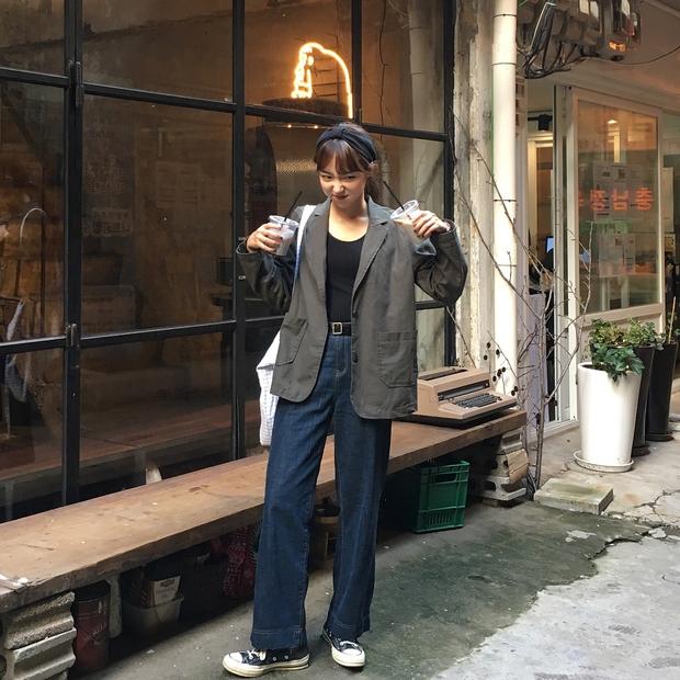 Không theo style đại trà của hot girl Hàn, cô nàng này sẽ khiến bạn xuýt xoa vì cách ăn mặc hay ho không chịu nổi - Ảnh 16.