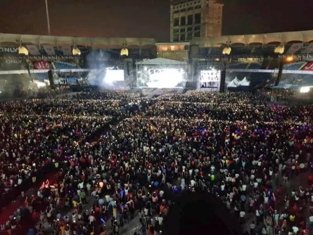 Justin Bieber hồn nhiên hát nhép gần như toàn bộ concert có giá vé không tưởng - Ảnh 1.